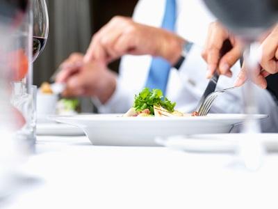 как вести себя в ресторане