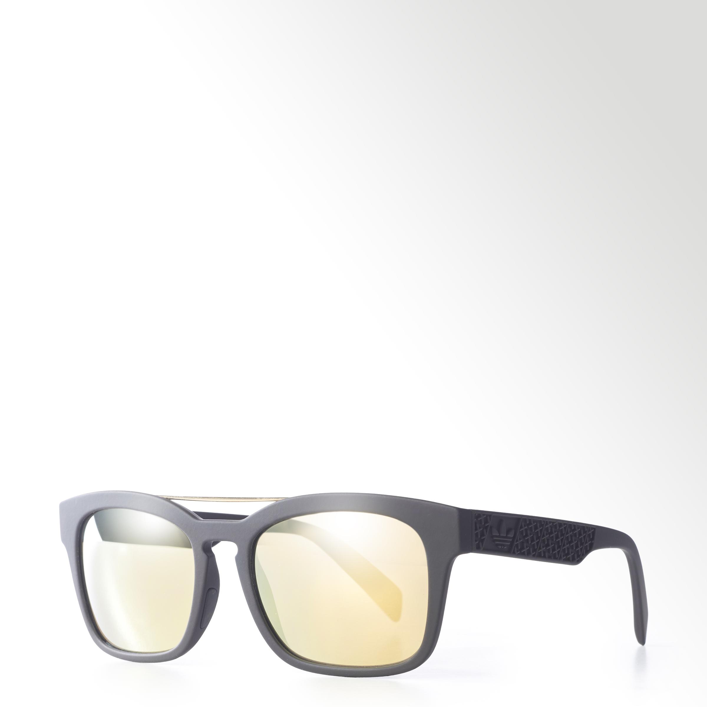 adidas Originals представляет коллекцию солнцезащитных очков в коллаборации с Italia Independent