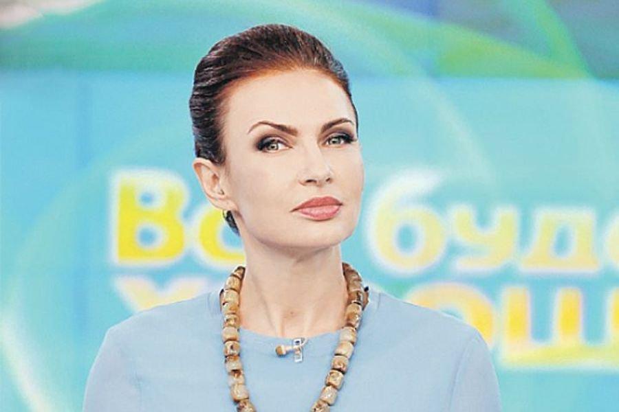 Эвелина Бледанс осталась без работы