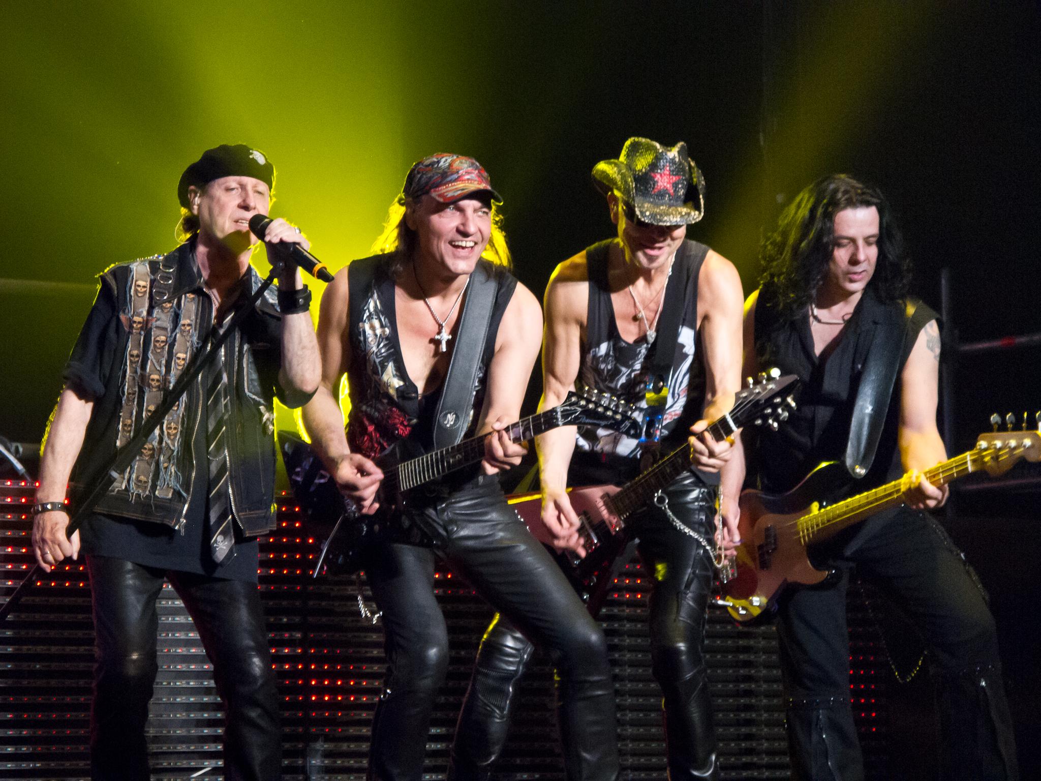 Невзирая на немалый гонорар, Scorpions отказались выступить набоксерском шоу вСевастополе