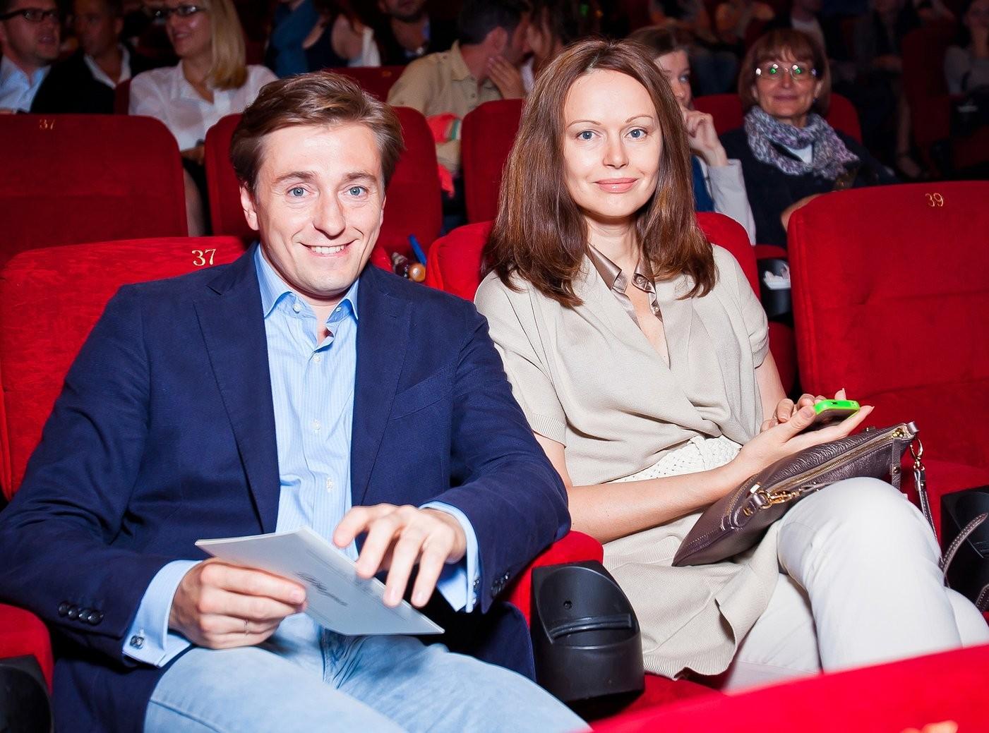Сергея Безрукова бросила его супруга