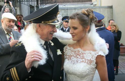 84-летний артист Иван Краско женился на собственной 24-летней студентке