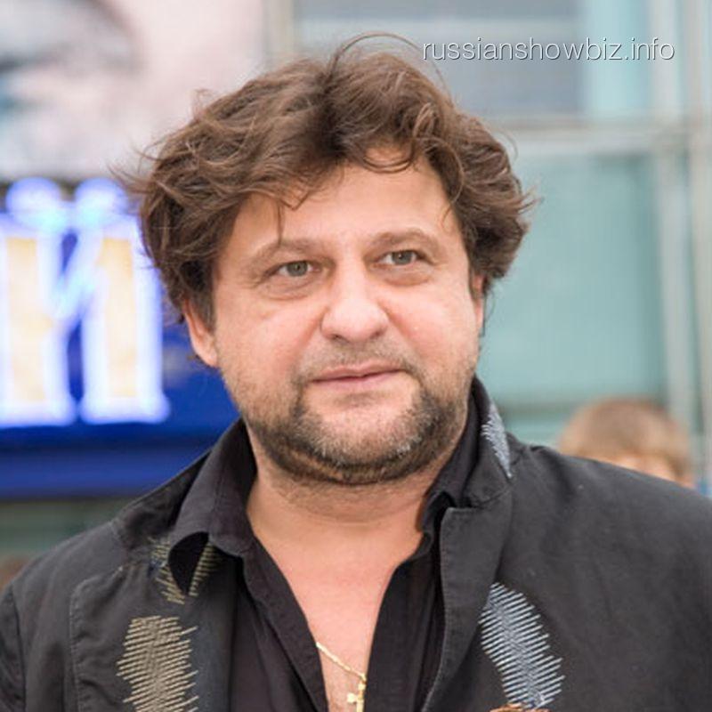 Артист Александр Самойленко развелся с супругой