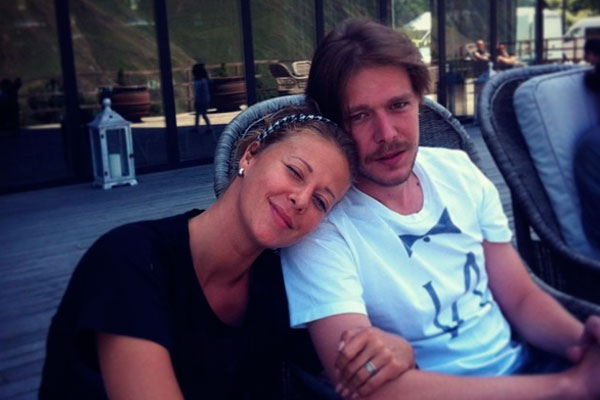 Никита Ефремов расстался с супругой