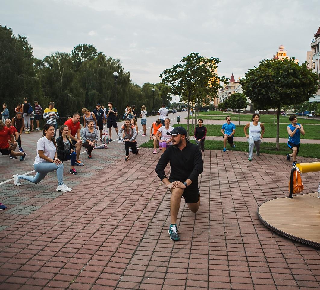 adidas открывает беговой клуб на Оболонской набережной в Киеве