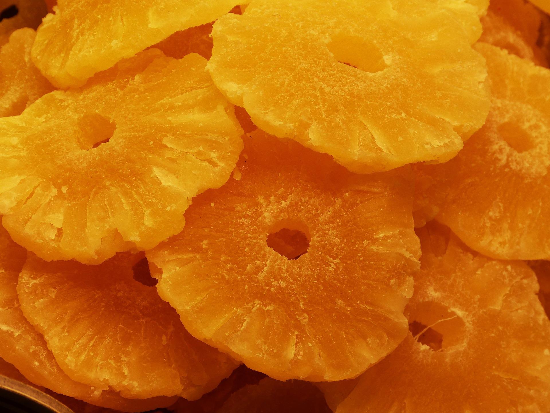 Польза сушенных продуктов: курага, ананас, баклажан, бананы, виноград и пр.