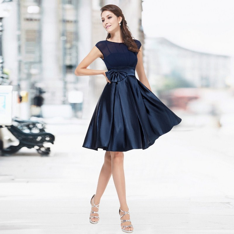 Куда надеть коктейльное платье?