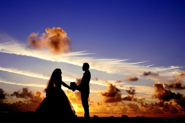 Брак – отмирающее явление?